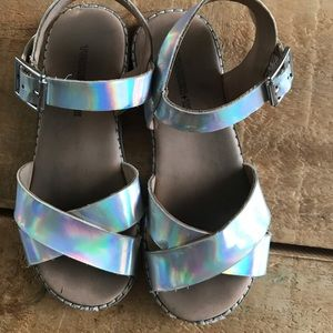 Girls Tucker and Tate silver sandals size 12